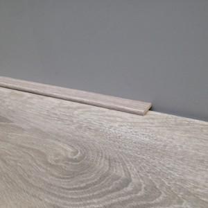 Plakplint 5x24mm als afwerking voor uw laminaatvloeren